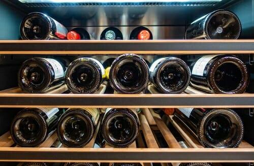 What temperature store wine